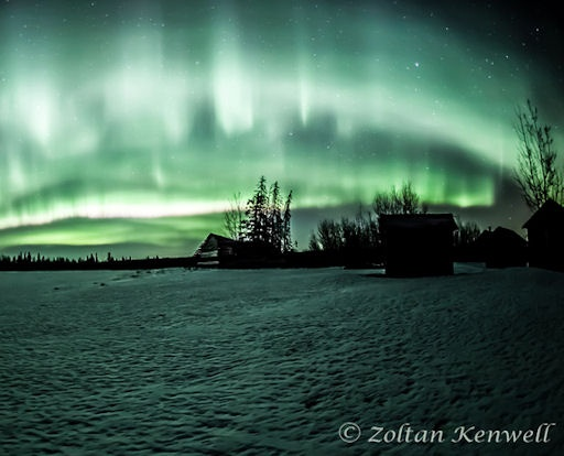Just outside Edmonton, Alberta, photographer Zoltan Kenwell started celebrating a day early when this display appeared on March 16th: