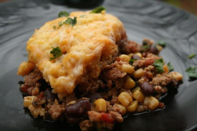 Slow Cooker Tamale Pie: ground beef/turkey, cumin, salt, chili powder ...