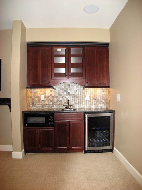 A nice small wet bar house home pinterest - Wet bar ideas for basement ...
