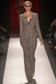 Carolina Herrera suits - Great suiting for the working woman