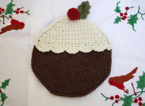 christmas pudding potholder yarnables - festive Pinterest