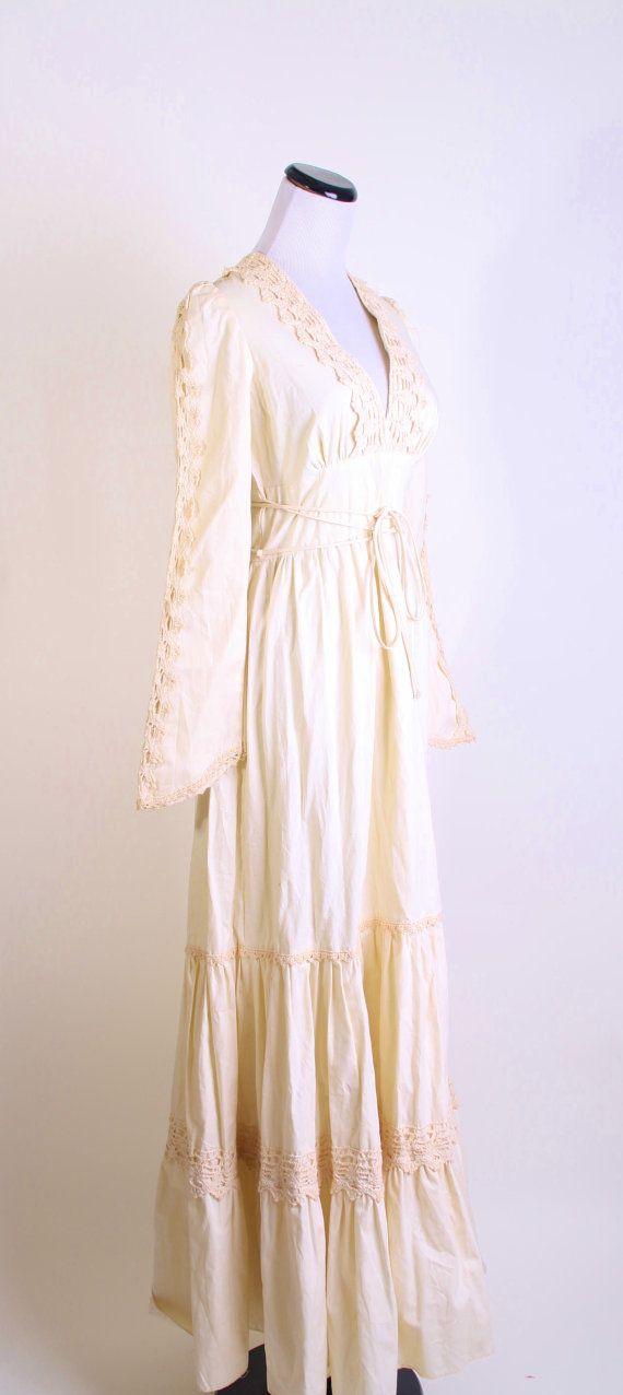 Gunne sax crochet wedding dress renaissance dress for Gunne sax wedding dresses
