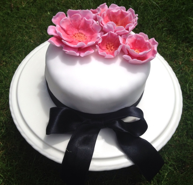 Simple peony flowers Anniversary cake 50th Anniversary ...