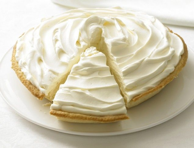 Banana Cream Pie = perfection! http://www.ivillage.com/pie-and-tart ...