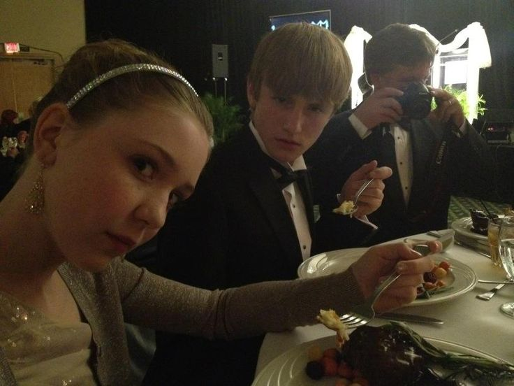 Cozi Zuehlsdorff and Nathan Gambles | Young Celebrities ...