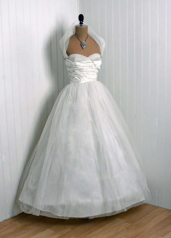 Wedding Dress, Kay Selig Original: 1950's, American, silk organza and fully-lined net/tulle, sweetheart shelf-bust detachable halter, layered full circle skirt.