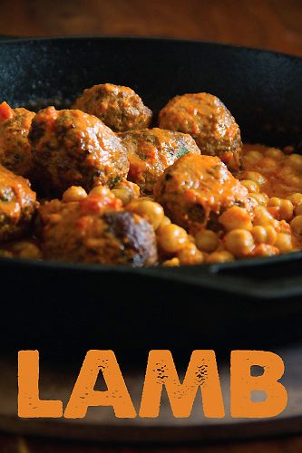 lamb meatballs with chick peas and red bell pepper sauce | sippity sup