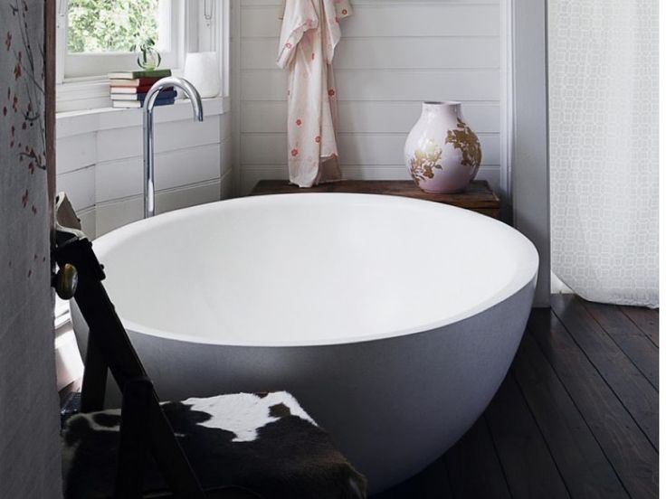 10 Round Soaking Tubs for Two by