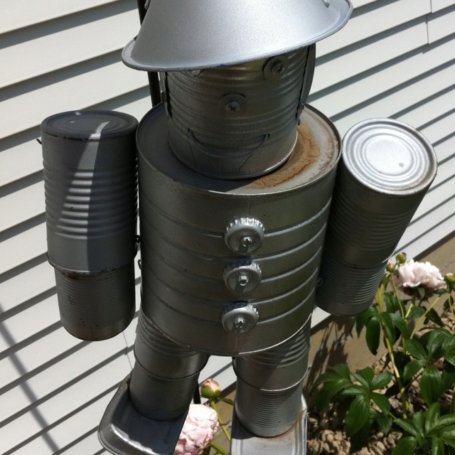 Tin man made out of cans love for the garden pinterest for Tin man out of cans