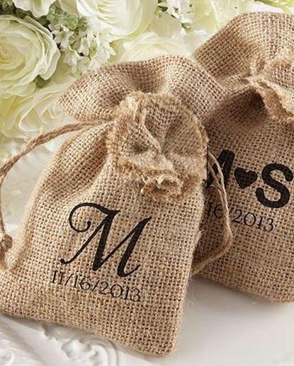 Burlap Wedding Favor Bags Diy : Burlap Favor Bags :: Love! DIYWedding Favors Pinterest