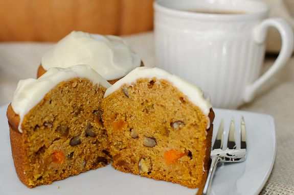 Pumpkin Muffins with Cream Cheese Frosting from Bunkycooks (http ...