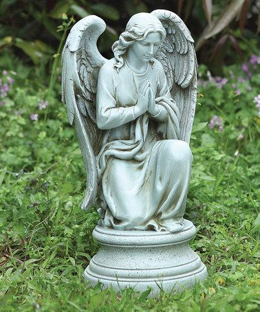 Praying angel garden statue for Angel garden statues