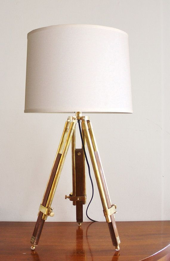 Vintage wood and brass tripod table lamp for Vintage wooden table lamps