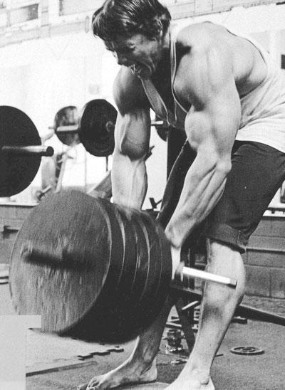 Arnold doing heavy T-bar rows | Bodybuilding | Pinterest Arnold Schwarzenegger Workout