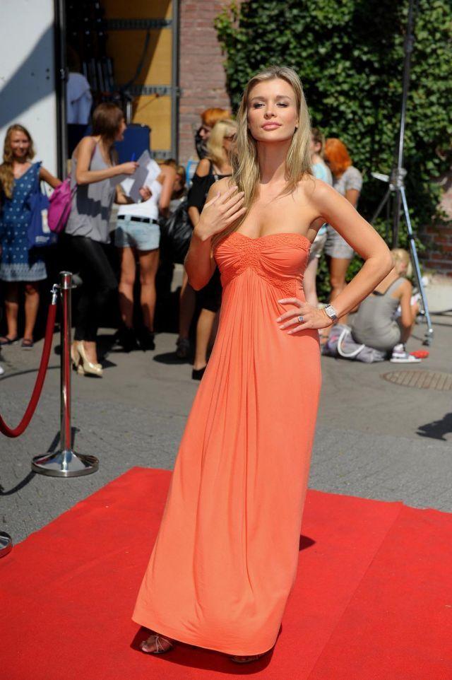 Beautiful Joanna Krupa (11 pics) http://worldofbeautyy.blogspot.com