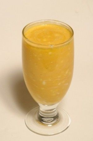 Mango Lassi (Smoothie) recipe. Luscious ripe mangoes are blended with ...