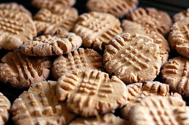 almond butter cookies | The Baking Bird