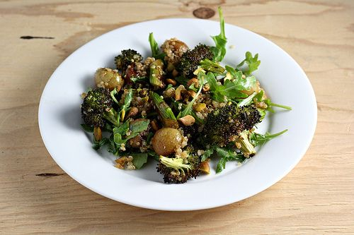 Spinach Quinoa Salad With Roasted Grapes, Pears, & Almonds Recipes ...
