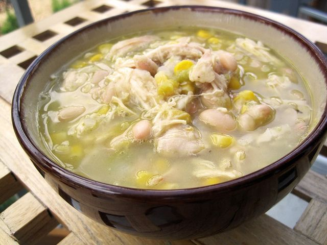 White chicken chili | More recipes - cuz I LOVE food that much! | Pin ...