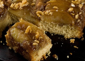 Spiced Caramel Apple Upside-Down Cake | Sweets and Treats | Pinterest
