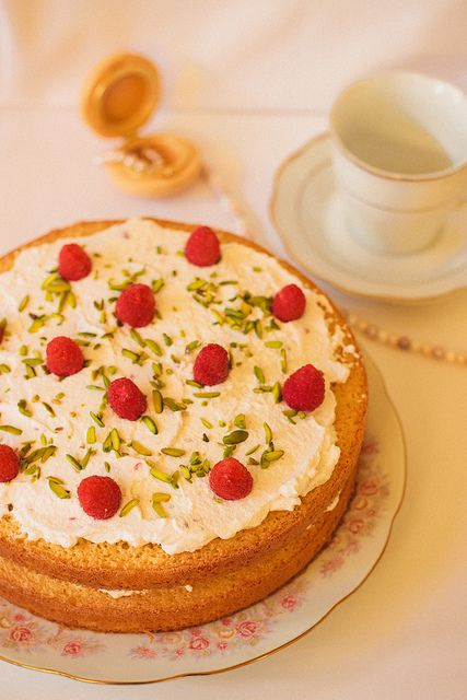 rosewater tea cake with raspberries and pistachios}