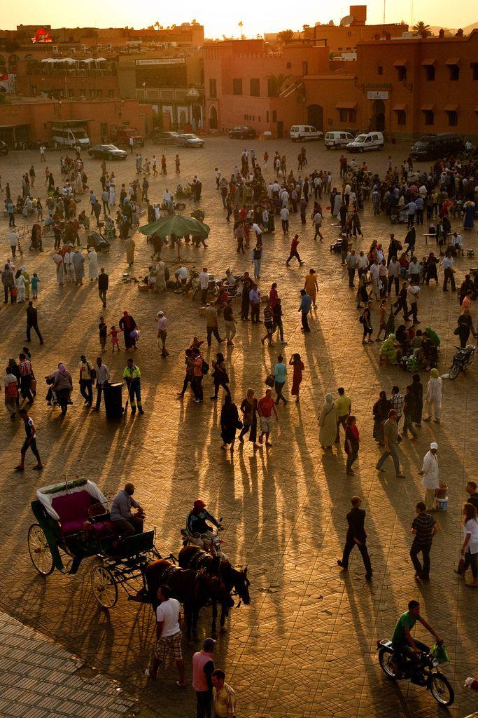 Morocco - Marrakech - Jemaa el-Fna - Sunset scene