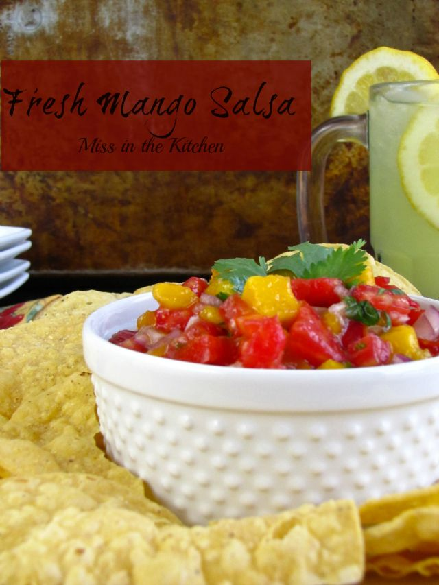 Pair Sutter Home Red Moscato with something that's sweet and spicy like this Mango Salsa!