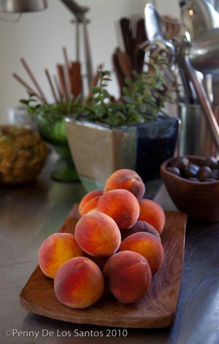 Tomato peach and basil salad | Yummy Salad | Pinterest