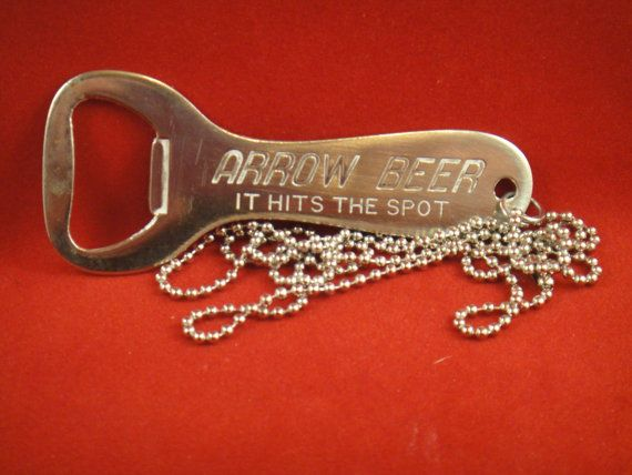 cool vintage 1950s arrow beer bottle opener necklace globe brewing co. Black Bedroom Furniture Sets. Home Design Ideas