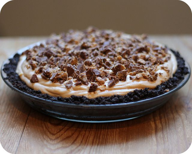 Peanut Butter Cup Pie | Desserts.Sweets Breads.Other Sweets. | Pinter ...