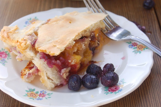 Blueberry-Peach Pie---filling can be frozen in a gallon ziploc until ...