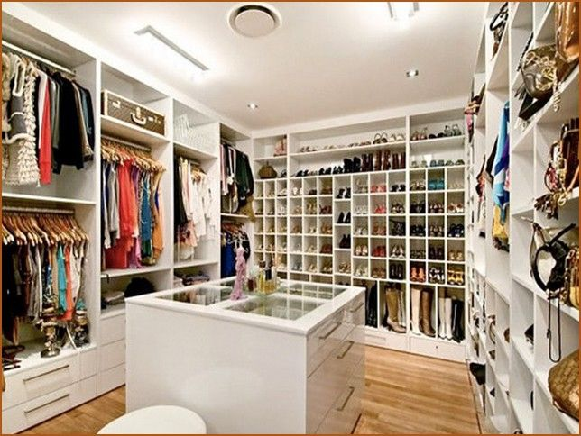 Amazing Walk In Closet Design Closet And Shelves Pinterest