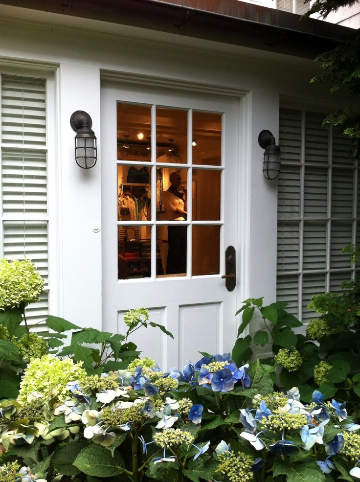 {Ralph Lauren, Southampton | The House that A-M Built | The House that A-M Built#} hydrangea
