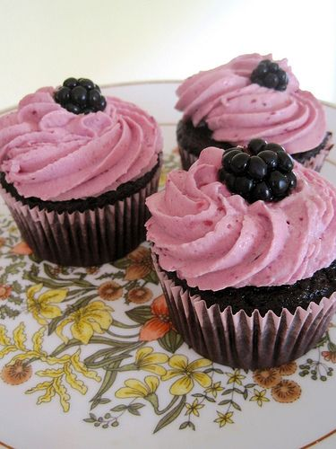 Chocolate Berry Cupcakes from thecupcakeblog.com... could be an ...