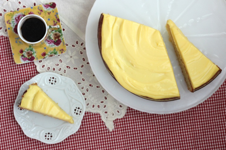 Lemon And Almond Streamliner Cake | Recipe