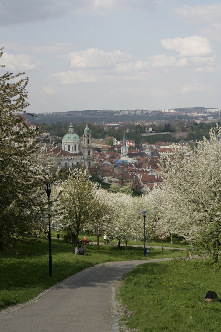 Petrin Hill- Well worth hiking the 130m up for the views over the city. Alternatively there is a funicular that takes you to the top. #lolagracetour #prague #sightseeing