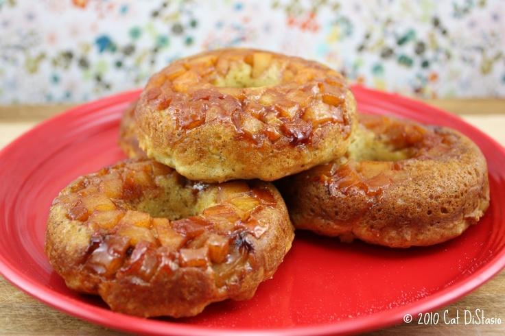 baked vegan apple doughnuts