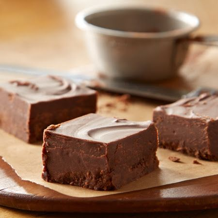 Simple Homemade Chocolate Fudge Recipe | Food And Drink | Pinterest