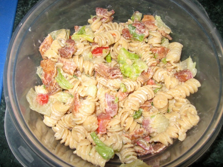 ... Dinner... Healthy & Low Calorie: Bacon, Lettuce, Tomato Pasta Salad