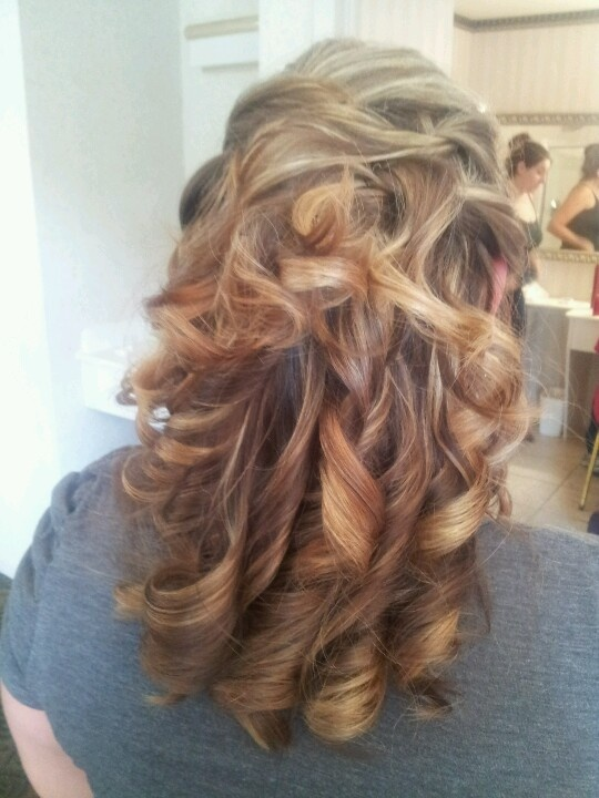 Half up bridal hair | Our Wedding Works | Pinterest