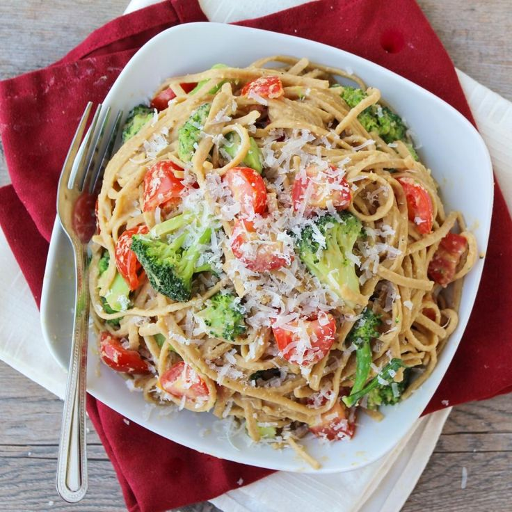 ... whole wheat pasta with broccoli, tomatoes, and chickpea sauce