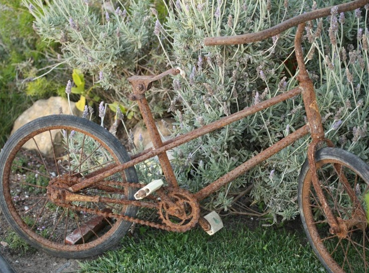 old bicycle yard art old bicycles pinterest
