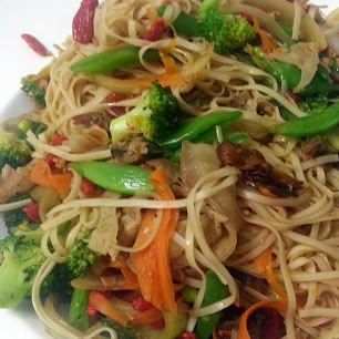 Sesame Broccoli Stir-Fry with Noodles recipe snapshot