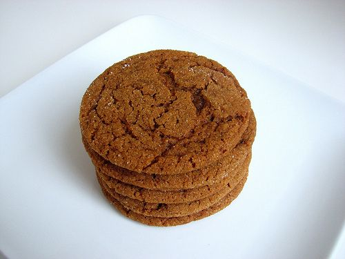 Soft and Chewy Molasses Spice Cookies | COOKIES - Home-baked Goodness ...