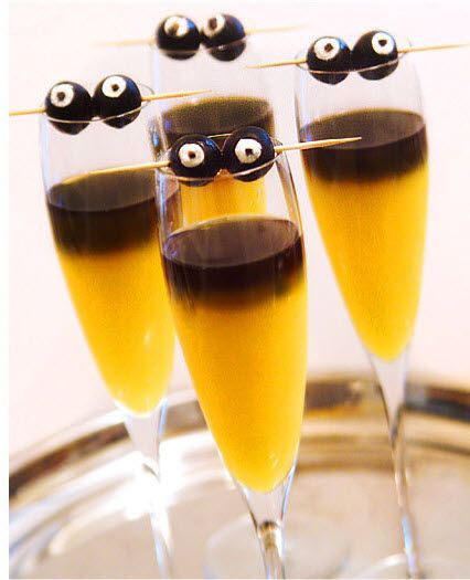 #Halloween Goblin Mimosas http://blog.hgtv.com/design/2013/10/25/daily-delight-goblin-mimosas/?soc=pinterest