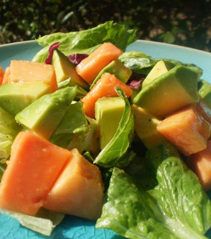 Simple Papaya Avocado Salad | Salads | Pinterest
