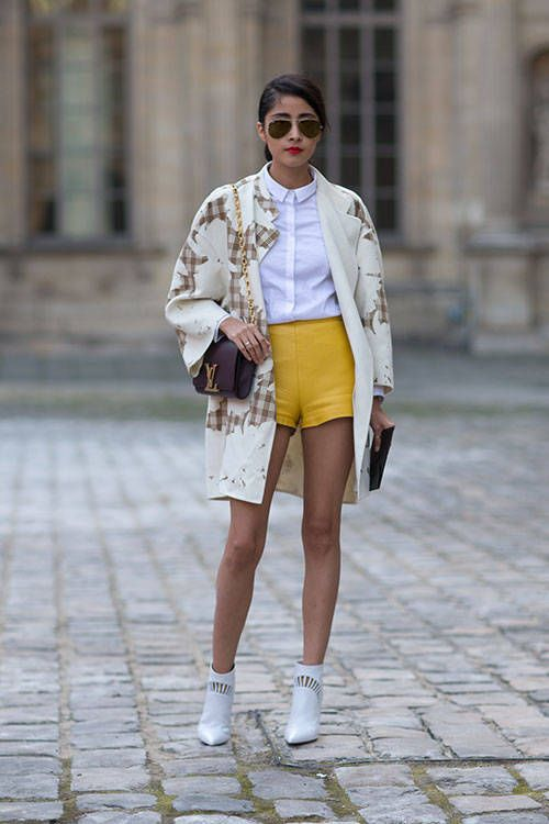 Paris Fashion Week Denni Elias with a Louis Vuitton Bag