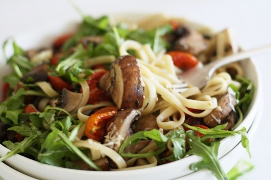 linguine with lemon garlic flavored mushrooms, oven roasted cherry ...