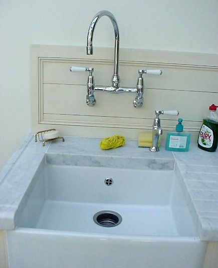 Farmhouse Sink With Faucet : ... atticmag.com/wp-content/uploads/2008/11/kit-sink-far-smallprep-435.jpg