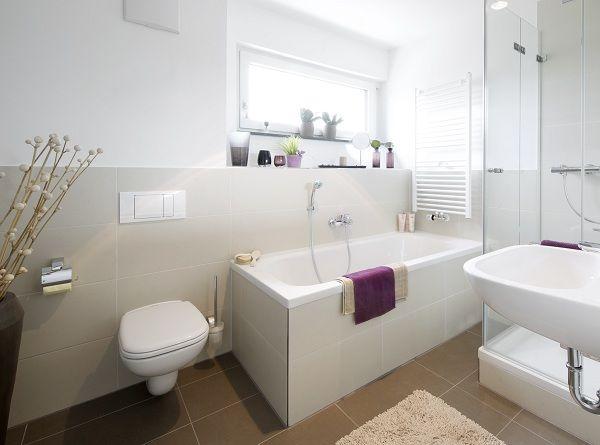 Trennwand Zwischen Dusche Badewanne : Tageslichtbad mit gemütlicher ...